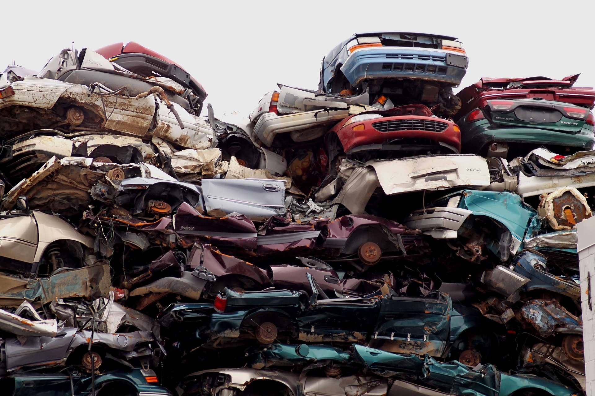 How to Start a Junk Car Business