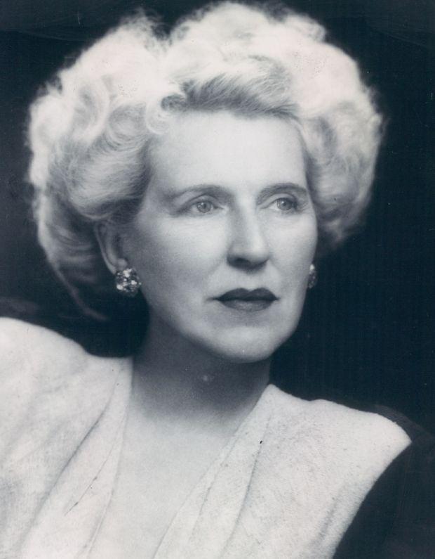 Helen Bonfils