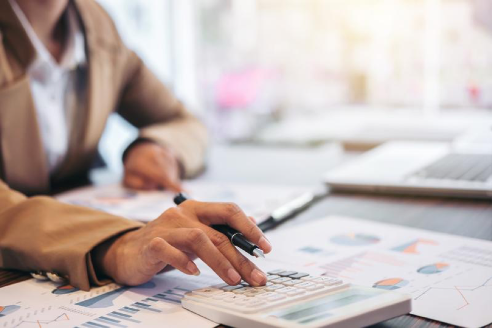 3 Industries That Benefit from Providing Independent Financing
