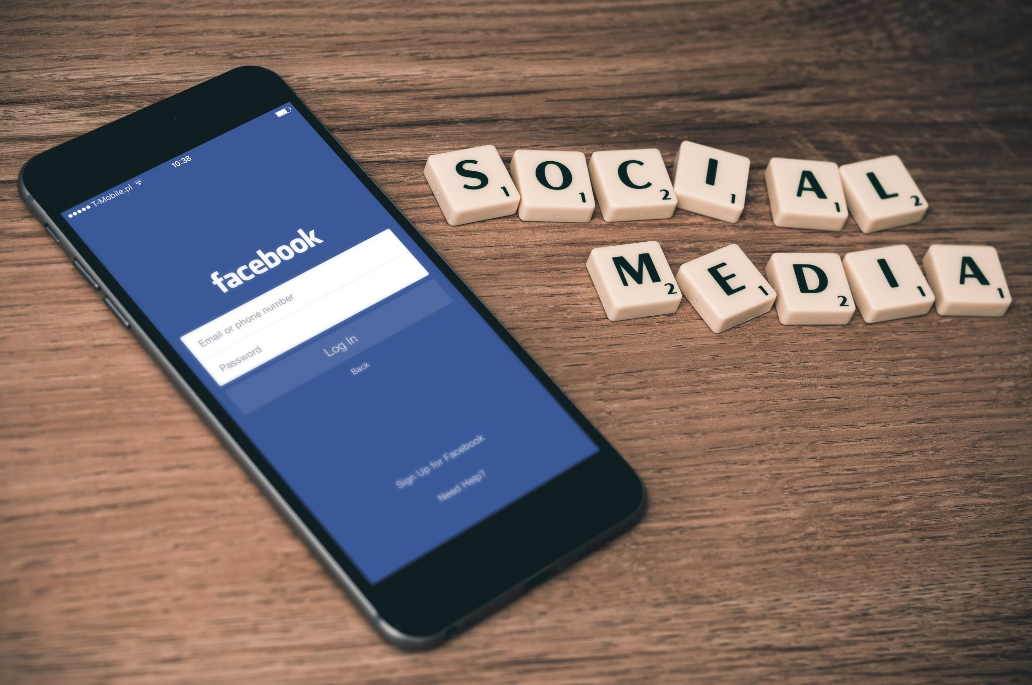 10 Simple Ways to Use Facebook to Promote Your Small Business