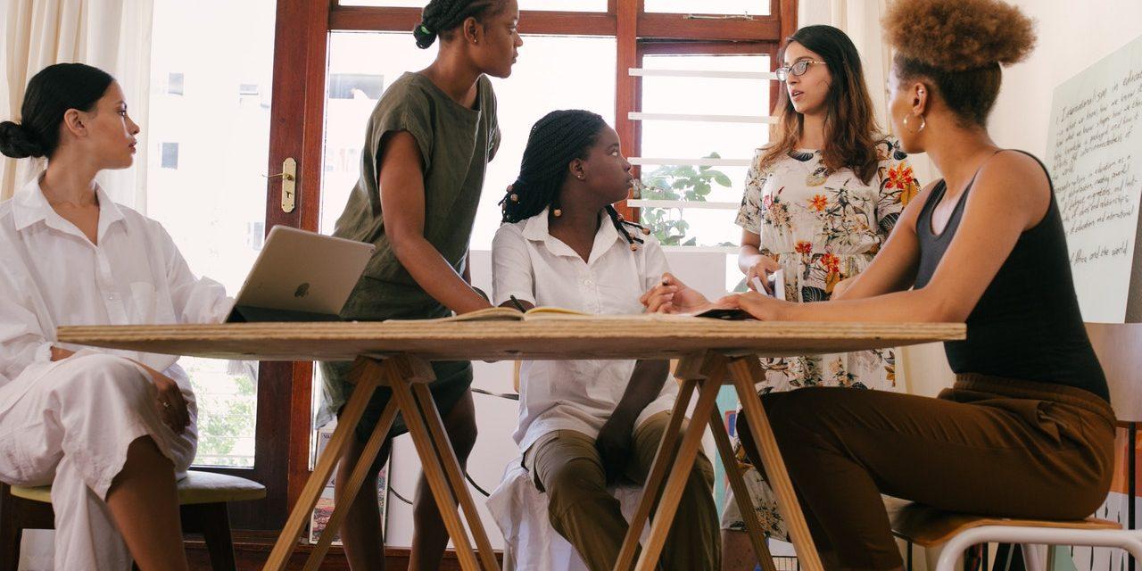 9 Personal Branding Strategy Tips for Female Entrepreneurs
