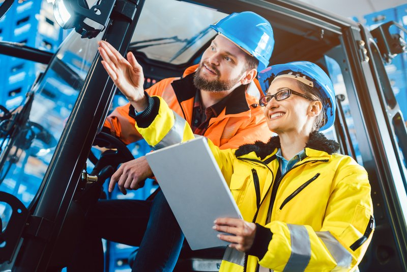 How HR Leaders Can Effectively Manage Warehouse Employees