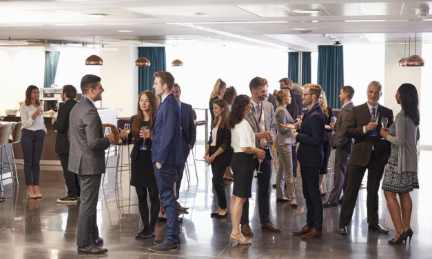 How to Prepare for Your First Big Networking Event