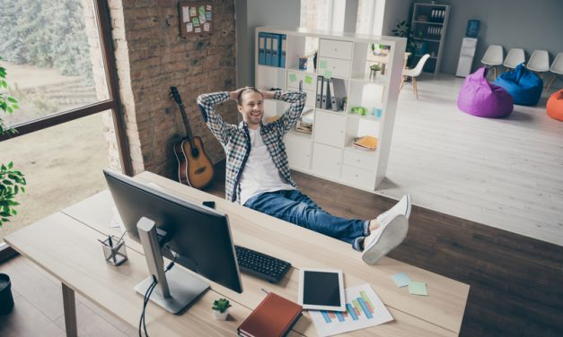 What to Know Before Quitting Your Job and Starting a Business